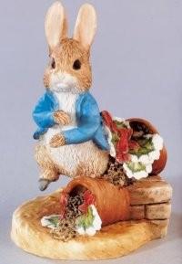 Beatrix Potter, Peter Rabbit, Peter Hase, Peter Rabbit with Plant Pot