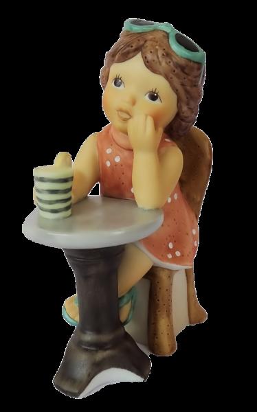 Nina im Café