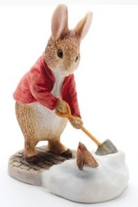 Beatrix Potter, Peter Rabbit, Peter Hase, Peter Rabbit Shovelling Snow