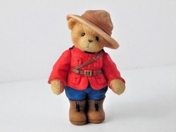 Cherished Teddies, Constable Mackenzie