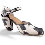 Just the right shoe, Raine, Bovine Bliss